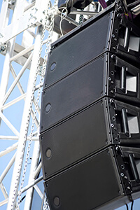 stadium k-array speakers in use