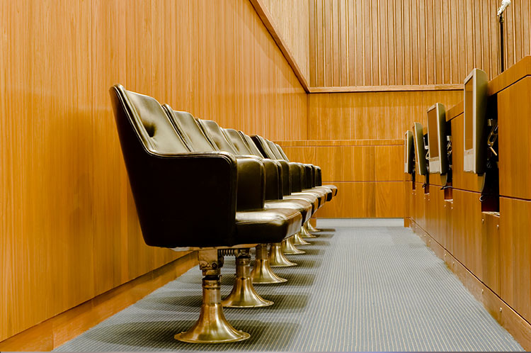 Jury room seating with mounted screens